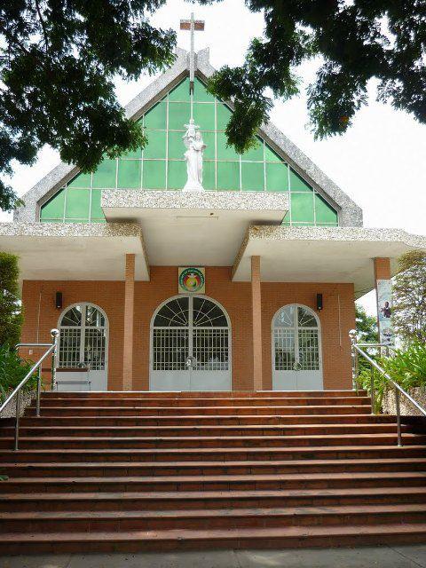 Nhà thờ bình chánh