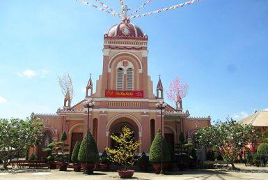 Nhà thờ tân quy hóc môn tphcm