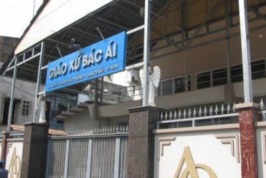 Nhà Thờ giáo xứ Bác Ái